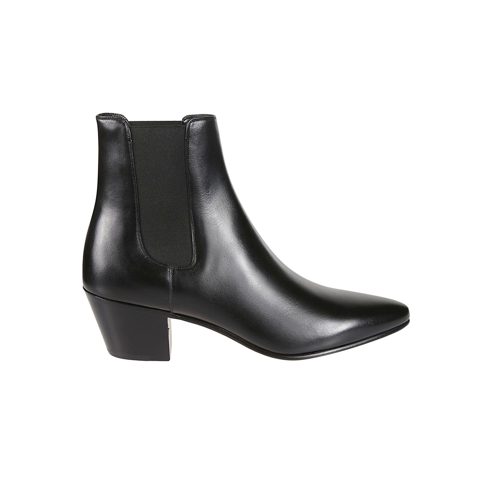Ankle boots.. | 333363174C38NO