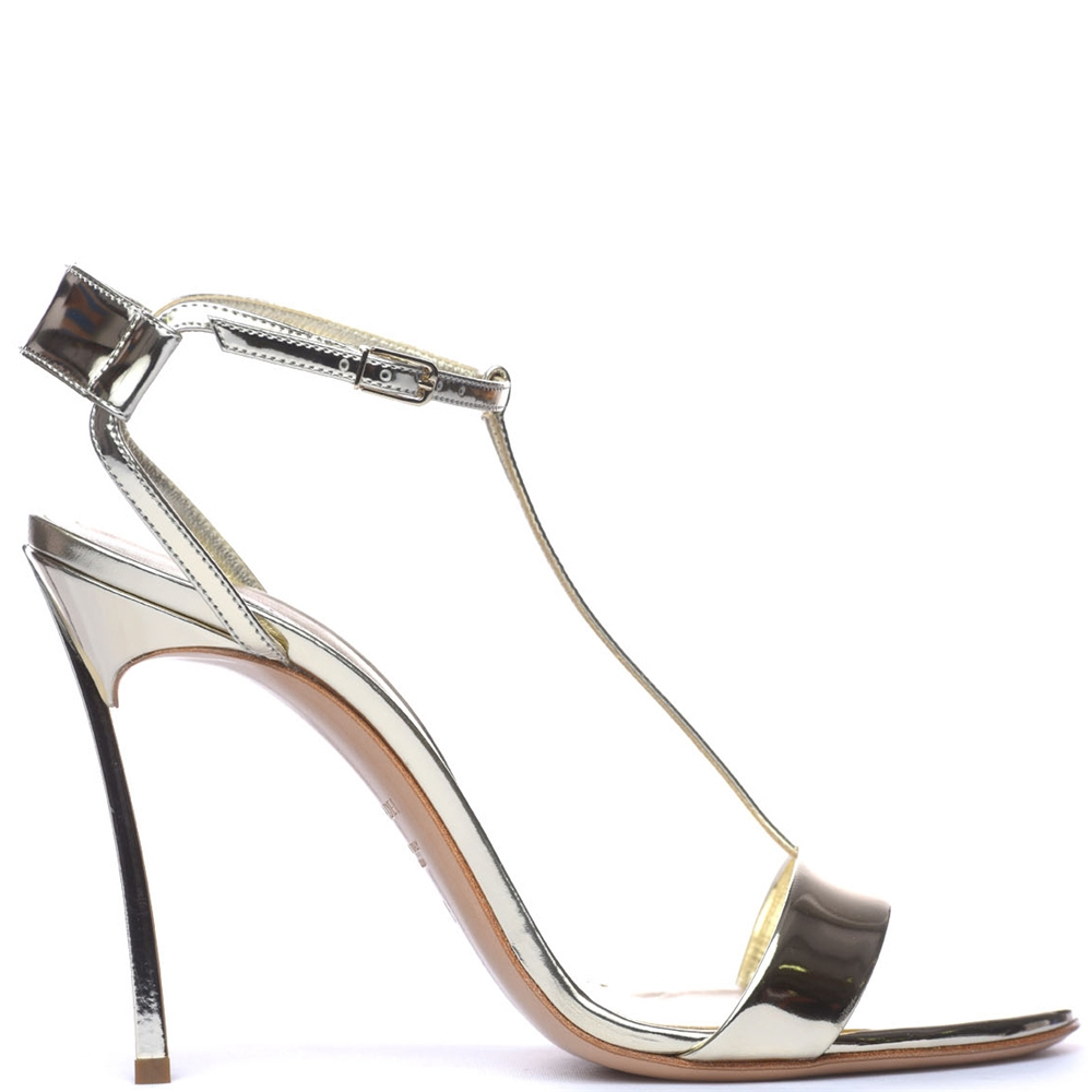 With Heel.   1L245M100MBARB451