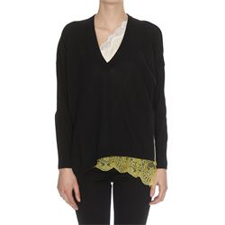 lace details black pullover