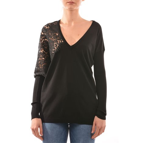 black v neck knitwear