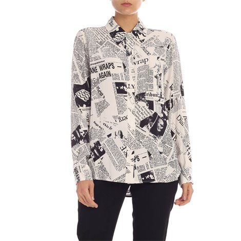 white<br/>black newspaper effect print<br/>patch pocket on the chest<br/>loose fit<br/>buttoned cuffs