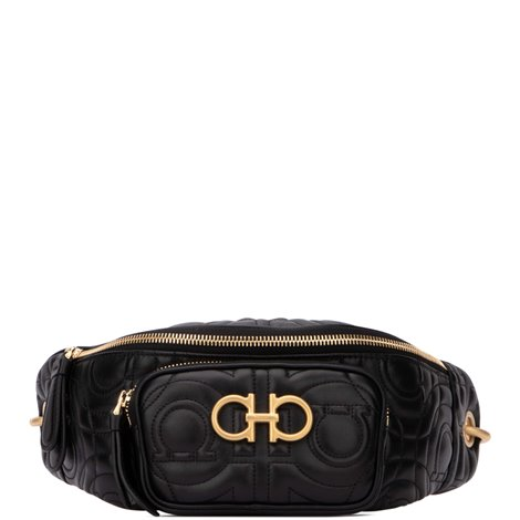 whip belt bag with contrasting details
