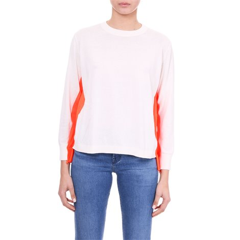 white sweater with fluo bands