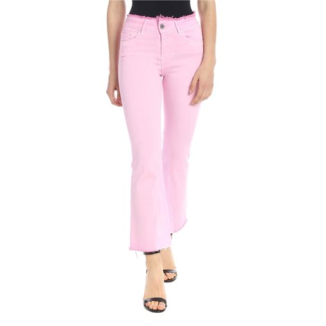 pink<br/>light wash<br/>logo label on the back<br/>boot-cut<br/>selvedge<br/>belt loops<br/>zip ykk<br/>fringed edges<br/>zip and button closure