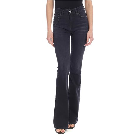 black<br/>5 pockets<br/>logo label on the back<br/>high waist<br/>worn-out edges<br/>selvedge<br/>belt loops<br/>zip ykk<br/>zip and button closure